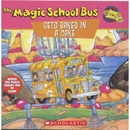 [PAC] Gets Baked in a Cake [The Magic School Bus TV SHOW]